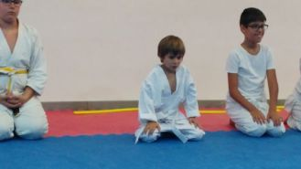 Aikido Kids (infantil y juvenil), fin de curso 2016-2017 (entrega diplomas, cinturones Kyu...) - 20170621_192039_Burst01