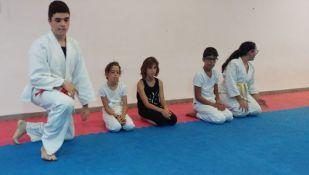 Aikido Kids (infantil y juvenil), fin de curso 2016-2017 (entrega diplomas, cinturones Kyu...) - 20170626_193315